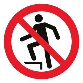 Pictogramme interdiction de marcher sur la surface ISO7010-P019